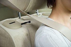 椅背上也有一個酒器偵測的感知器。 Nissan