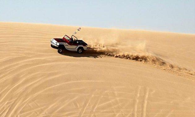 Panther在沙地也可行駛自如。 WaterCar