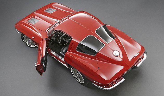 Corvette Sting Ray的造型十分經典。 GM