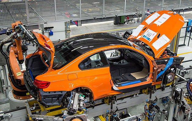 輕量化是M3 Coupe的基本要件。 BMW