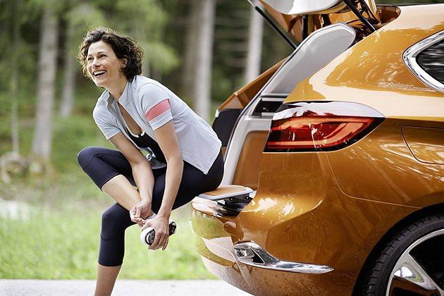 Concept Active Tourer是針對休閒生活而特別設計的車款。 BM...