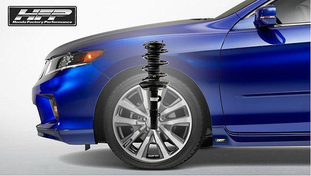 運動化懸吊系統,車身降低15mm。 Honda