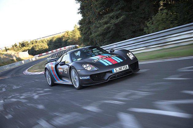 918 Spyder以6分57 秒破單圈紀錄。 Porsche提供