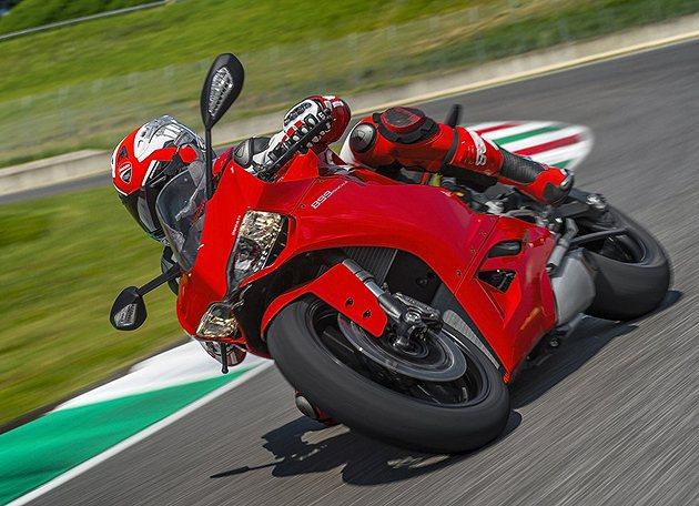 899 Panigale外觀與1199大哥相仿。 Ducati