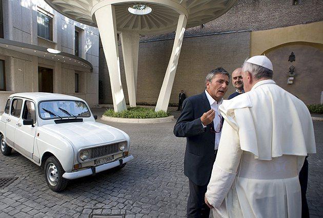 教宗表示:維修和保養的話.... AP