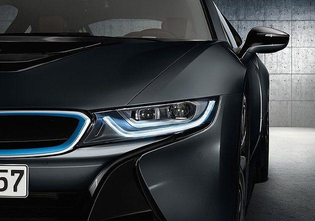頭燈則是i家族的新設計語彙。 BMW