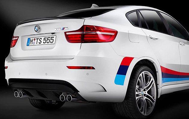 車尾的小尾翼很可愛。 BMW