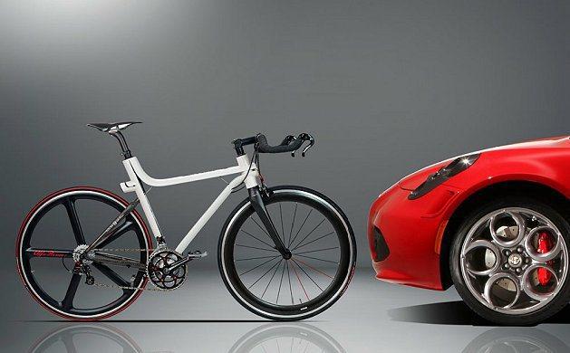 4C IFD自行車有白色與紅色兩款。 Alfa Romeo提供