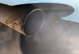 各國都積極處理汽機車碳排放問題。 圖/資料照片