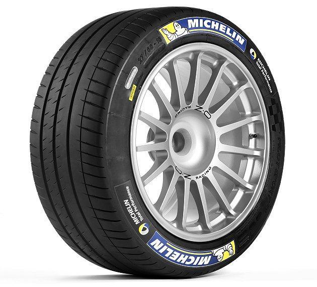 米其林專為Formula E電動方程式賽車精心研發、規格尺碼為18吋的專用賽車輪...