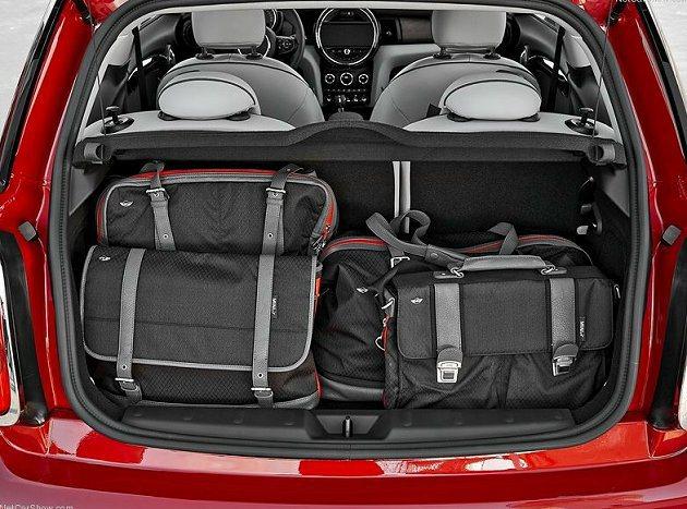 行李箱容量增加30%達211公升。 MINI提供