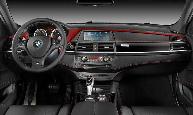X6 M Design Edition強調車子裡外都具備強烈的運動感與吸睛的元素...