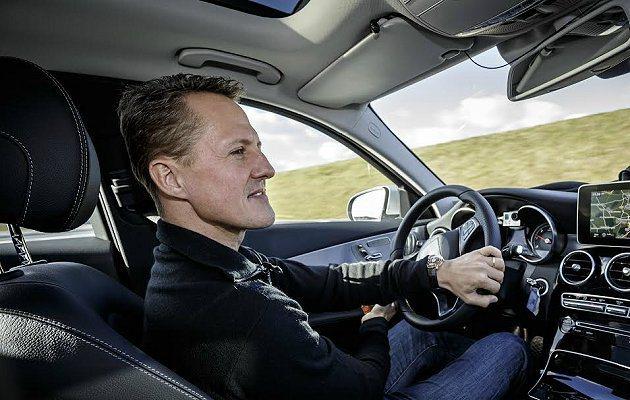 賓士請來品牌大使車神舒馬赫測試C-Class的Intelligent Drive...