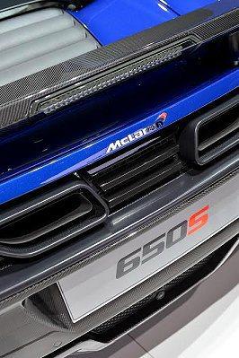 650數字代表最大輸出馬力可達650PS,「S」是強調該車款的運動性能表現。 M...