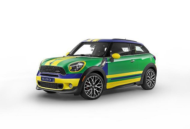 MINI打造一台世足賽特仕車MINI Paceman GoalCooper。 M...