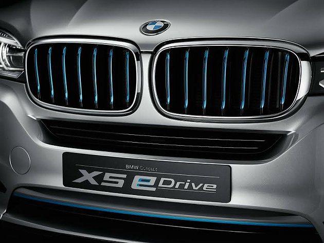 Concept X5 eDrive直瀑布水箱護罩與氣壩飾條都採用和BMW i車款...