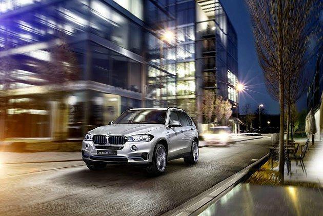 Concept X5 eDrive是BMW首部整合eDrive油電複合動力技術與...