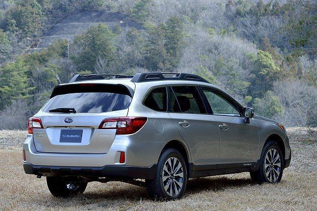 側邊跟車尾的鈑金折線修飾更有立體感,凸顯運動化個性 Subaru提供