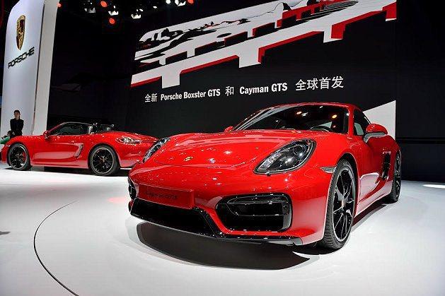 保時捷推出全兩款號稱動力最強大且速度最快的中置引擎跑車Boxster GTS 和...