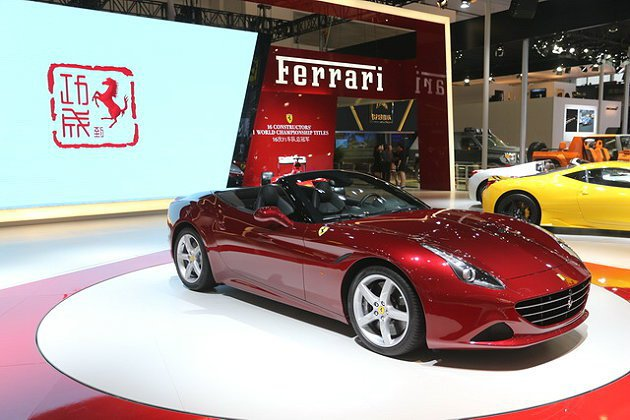 California T就是California的後繼車。 Ferrari提供