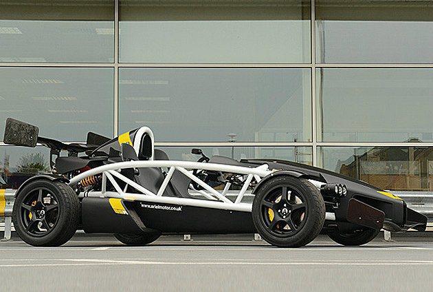 道路版賽車Atom 3.5的升級版Atom 3.5R,最大馬力350hp。 Ar...