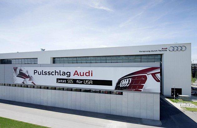 從德國Ingolstadt工廠下線的Audi SQ5,是第600萬輛Audi q...