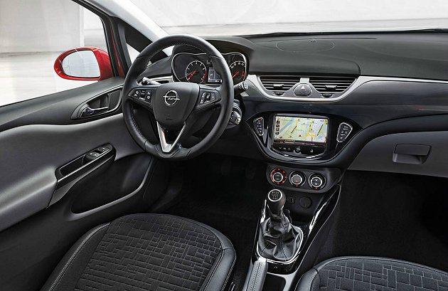 儀錶板與中控台的設計讓駕駛者更便於操作,用料質感也提升。 Opel提供