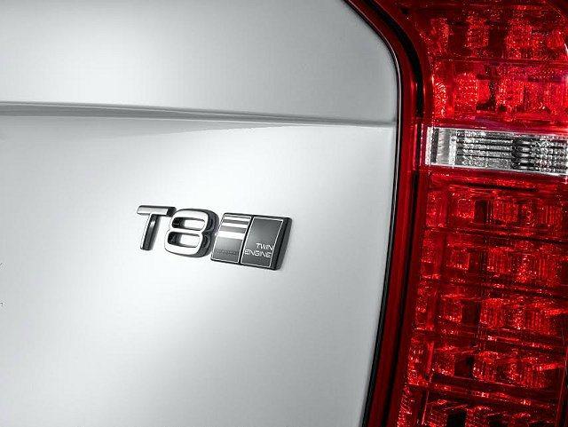 T8油電複合動力車型徽飾。 VOLVO提供