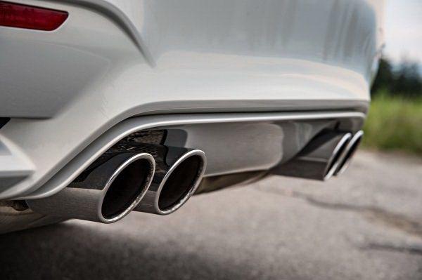 跑車式樣的四出尾管格外有型。 BMW提供