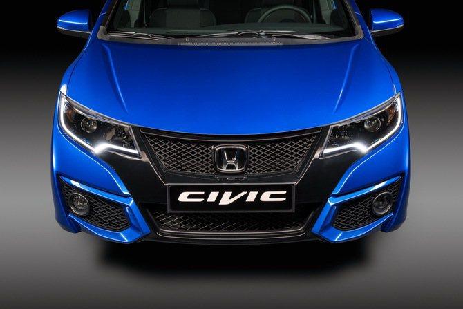 Honda_Civic_Sport 網格式水箱護罩與進氣口洋溢戰鬥氣息。 Hon...