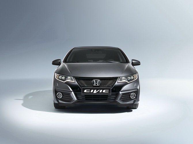 Honda Civic Tourer氣壩也有新設計的橫柵配置。。 Honda提供