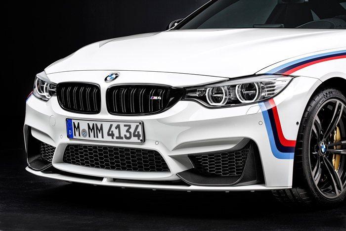 M4改裝換上黑色雙腎形水箱護罩。 BMW提供
