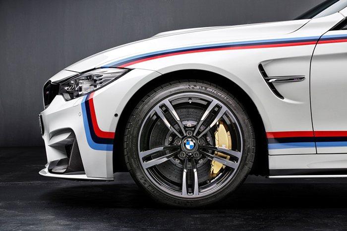 M4車主可以進一步一選擇採取光拋光與灰雙色配色的21吋輕量鋁圈。 BMW提供