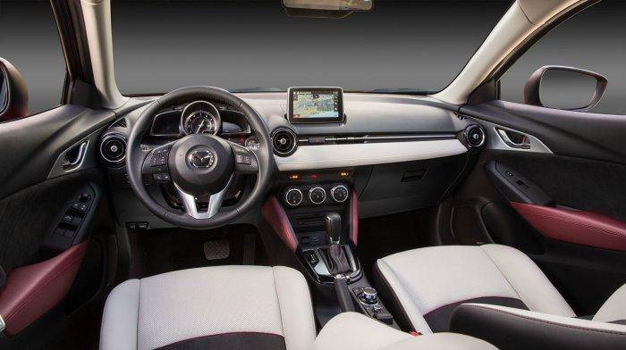 新Mazda Connect行車資訊系統跟i-ACTIVSENSE先進安全配備一...