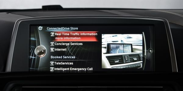 BMW ConnectedDrive Store線上商店服務,駕駛者可透過車載多...