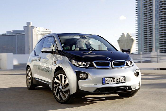 CES消費電子大展上,BMW以i 3展示多項新科技。 BMW提供