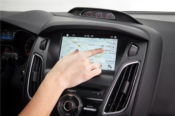 全新SYNC 3娛樂通訊整合系統,直覺式的聲控對話技術提供駕駛人更快速、更自然的...