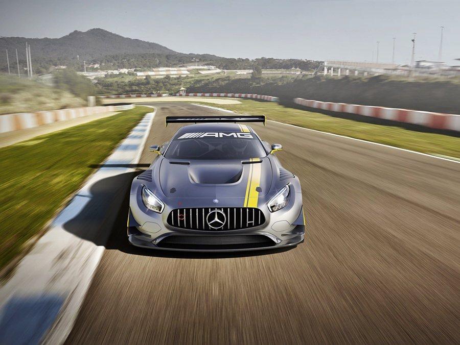 迎戰2015年3月展開的年度賽事, 賓士全新GT戰馬Mercedes-AMG G...