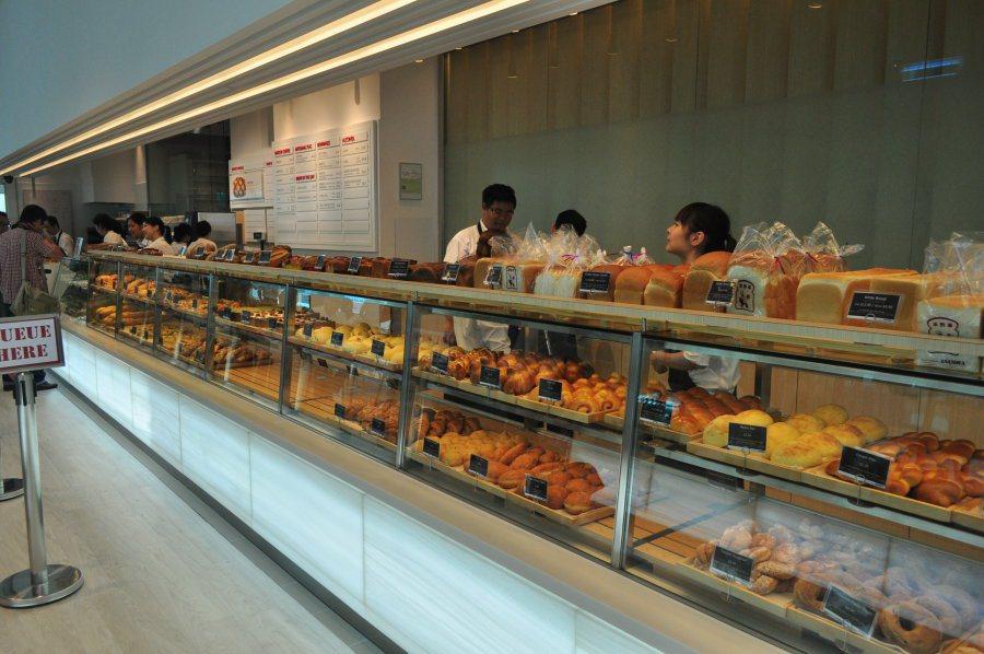 使用日本頂級原料,每天都有現做窯烤風味麵包,強調口感獨特、扎實而不膩。