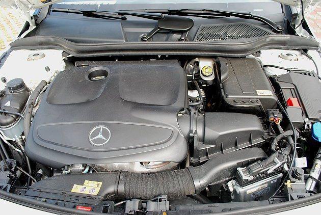 CLA 250搭載2.0升直列四缸汽油引擎。 趙惠群