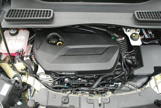 1.6缸內直噴引擎兼顧大扭力輸出與出色的省油性。 趙惠群