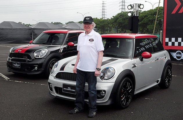 Rauno Aaltonen難得來台灣傳授Rally秘笈。 蔡志宇