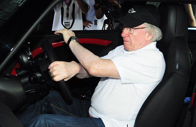 親自示範,Rauno Aaltonen對車可是相當有熱情。 蔡志宇
