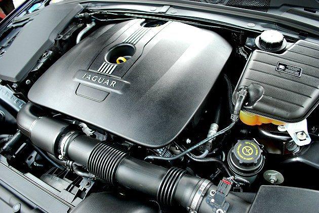 2.0引擎有不錯的扭力值。 記者趙惠群/攝影