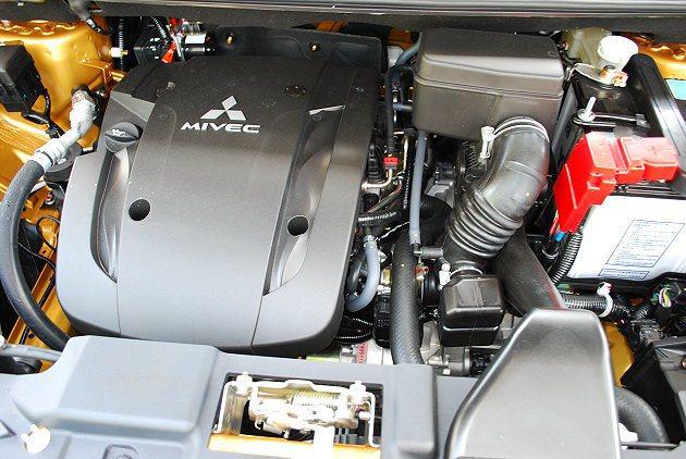 動力改用1.5升直列四缸引擎具備出色燃油經濟性。 記者趙惠群/攝影