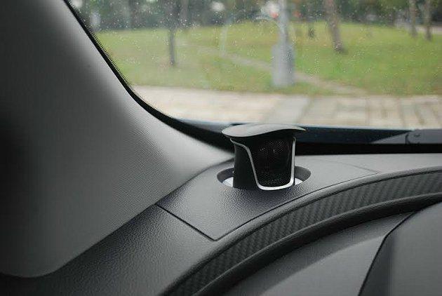 旗艦車型還提供JBL高音喇叭的選項。 記者趙惠群/攝影