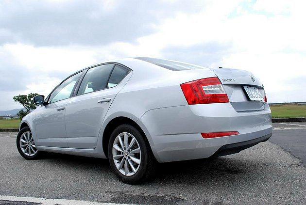 全新Octavia車身尺碼比上一代略為放大,車長和車寬各增加90mm與45mm。 記者趙惠群/攝影