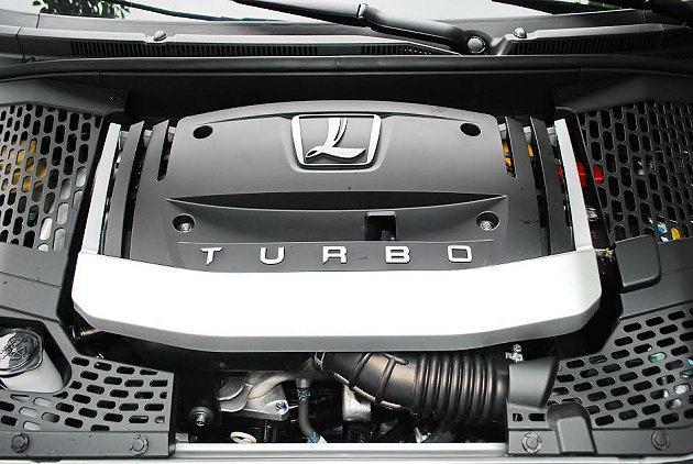動力援用原來2.2升VVT Turbo渦輪增壓汽油引擎,最大馬力仍為175hp,...