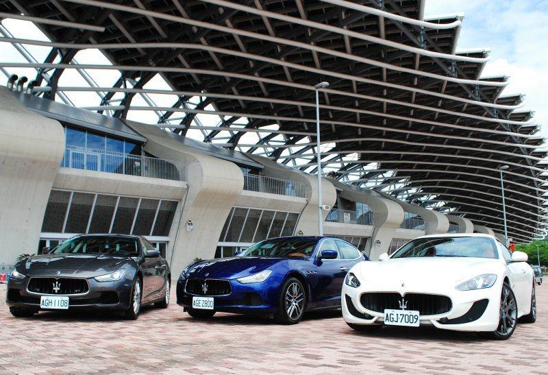 此行試駕由Gran Turismo(白色)伴隨 記者趙惠群/攝影