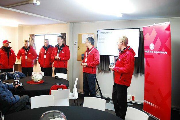 教練團在體驗之前先做課程簡報。 記者趙惠群/攝影